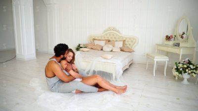 E DINIT? 9 arsye pse seksi i mëngjesi është më i mirë krahasuar me momente të tjera të ditës