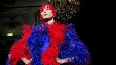TRENDI I FUNDIT/ Rikthimi i ngjyrës në të cilën secila femër ndihet si mbretëreshë (FOTO)