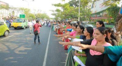 PROTESTA E VEÇANTË/ Gratë indiane formojnë rresht të gjatë 620 kilometra