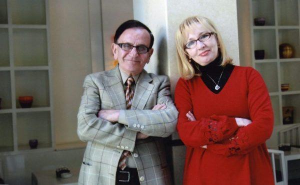 NJËSOJ SI NË FILMA/ Agim Krajka dhe bashkëshortja e tij rrëfejnë historinë e tyre të dashurisë