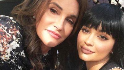 """NGA BURRË NË GRUA/ Caitlyn Jenner fiton sfidën """"10 year challenge"""" në instagram (FOTO)"""