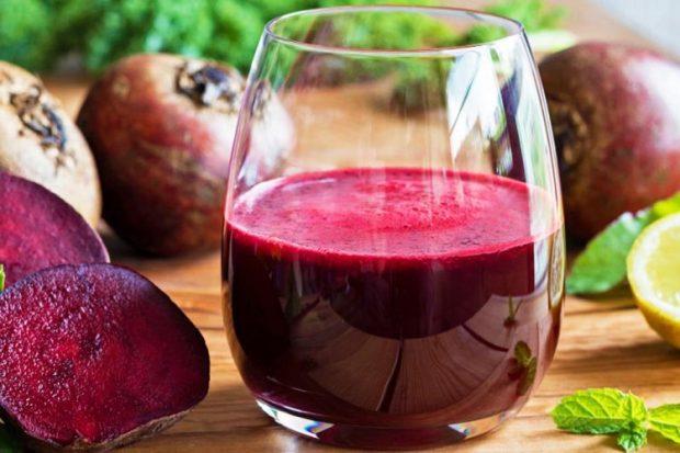 PËR TË PËRMIRËSUAR TENSIONIN E GJAKUT/ Konsumoni një gotë me lëng panxhari në ditë