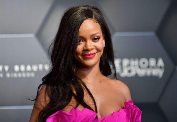 NGA KËNGËTARE NË BIZNESMENE/ Ja sa vlen karriera e Rihanna-s