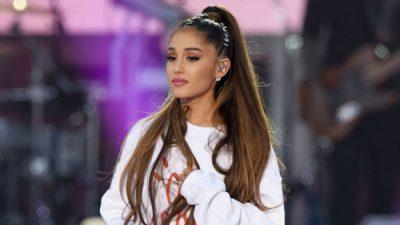 """""""NUK ËSHTË ASKUSH PRANË MEJE""""/ Ariana Grande ka vetëm një plan për këtë vit të ri dhe të gjithë duhet ta dëgjojnë"""