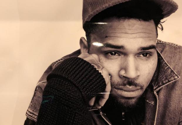 """""""AJO K*ÇKA…""""/ Chris Brown shpërthen i revoltuar nga burgu, pas akuzave për përdhunim (FOTO)"""