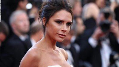 JA ÇFARË DUHET TË PRISNI/ Victoria Beckham sjell së shpejti linjën e re kozmetike (VIDEO)