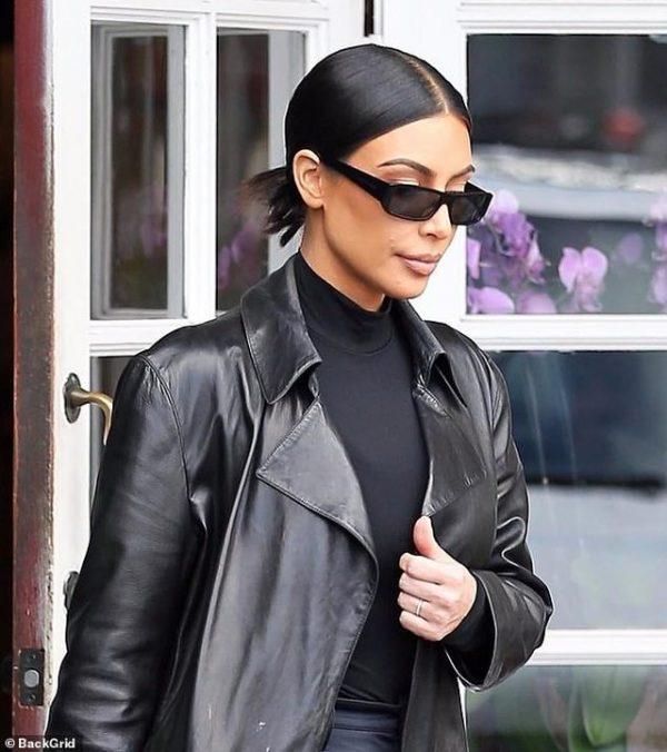 """FTYRA E SAJ """"LË PËR TË DËSHIRUAR""""/ Kim Kardashian fotografohet nga paparacët: Kam problem shëndetësor"""