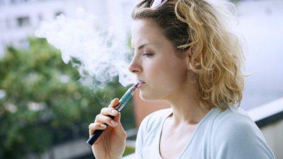 STUDIMI/ Cigaret elektronike janë të rrezikshme për zemrën