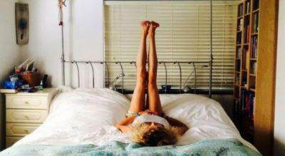 PËR DEMBELËT/ Ja si ta tonifikoni trupin pa u ngritur nga shtrati (VIDEO)