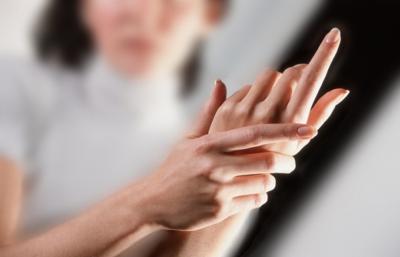 DUHET TË KENU KUJDES/ Nëse të mpihen duart ose këmbët, arsyeja është kjo