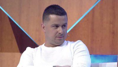 """""""KAM NJË RAPORT…""""/ Genc Prelvukaj flet për herë të parë për problemet me prindërit e Enit"""