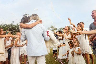 MADHËSHTORE/ Trendet e dasmave për 2019-ën qenkan thjesht të adhurueshme