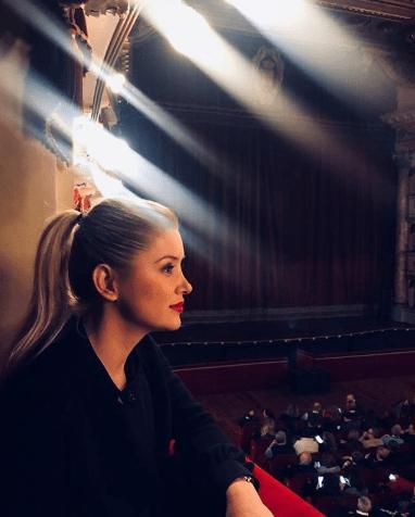 PAS 25 VITESH/ Alketa Vejsiu takon idhullin e saj të fëmijërisë: I kisha kërkuar… (FOTO)