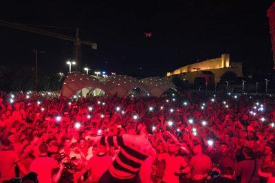 DYSHIMET E FANSAVE/ Tre këngëtarët e njohur shqiptarë do të sjellin një këngë bashkë (FOTO)