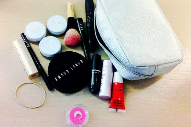 NGA ULJET TEK TRENDET/ 4 rregullat e arta që duhet t'i dimë për produktet e makijazhit