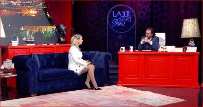 NUK DO TA BESONI/ Këngëtarja shqiptare tregon sesa paguhet në lokalet e natës (VIDEO)