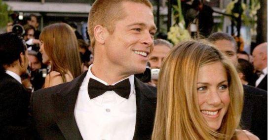 14 VJET PAS DIVORCIT/ Brad Pitt fotografohet në festën e ditëlindjes së Jennifer Aniston