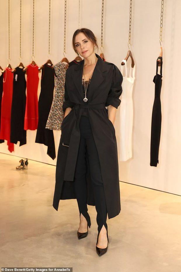 Pas këtyre fotove të rralla të Victoria Beckham, kush e beson se është 44 vjeçe?!