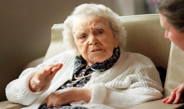 SEKRETI I JETËGJATËSISË? 109-vjeçarja: Rrini larg meshkujve