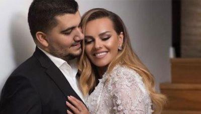 THANË SE ËSHTË SHTATËZANË PËR HERË TË 4-T/ Reagon bashkëshortja e Ermal Fejzullahut (FOTO)
