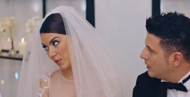 """PAK DITË PARA PREMIERËS/ Dalin pamje të reja nga filmi """"2 gisht mjaltë"""" (FOTO+VIDEO)"""