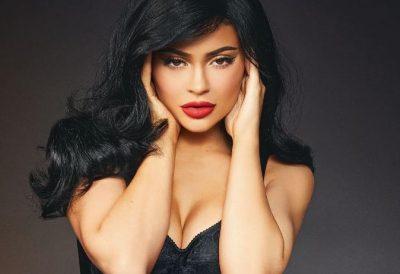 MOS U GËNJENI NGA FOTOT NË INSTAGRAM/ Ja si duket pa makijazh Kylie Jenner