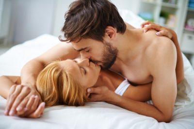 """STUDIMI/ Ky kompliment është """"çelësi"""" për një jetë të mirë seksuale"""
