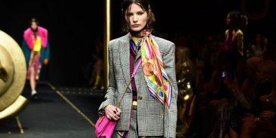 JAVA E  MODËS/ Versace prezanton koleksionin e ri, zgjedh supermodelet e njohura (FOTO)