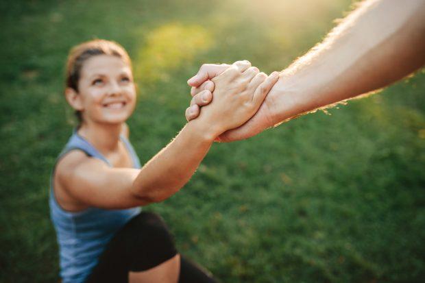 """TË  SHËNDETSHME/ 5 mënyra që si me """"magji"""" do na motivojnë që të bëjmë ushtrime fizike"""
