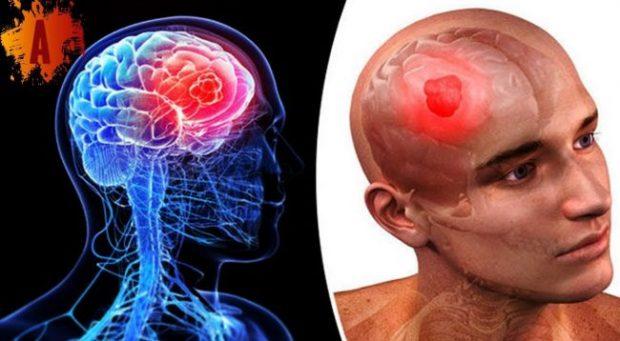 STUDIMI/ Mos flini me telefona afër, ju shkaktojnë kancerin