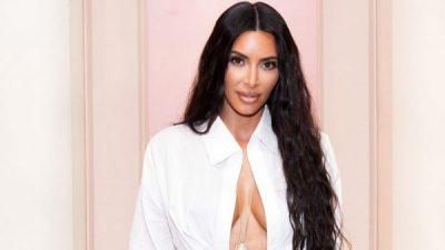 NË HAPAT E MAMASË/ Vajza e vogël e Kim Kardashian preferon takat e saj (FOTO)