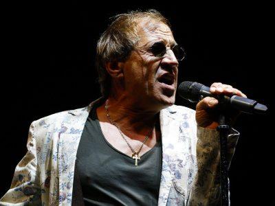 E DËGJOI TË KËNDONTE/ Çfarë tha Adriano Celentano për artistin e ndjerë shqiptar
