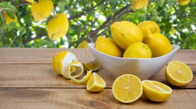 MËSOJENI TANI/ Përdorimi i limonit në këtë mënyrë të re do t'ju zgjidhë shumë probleme