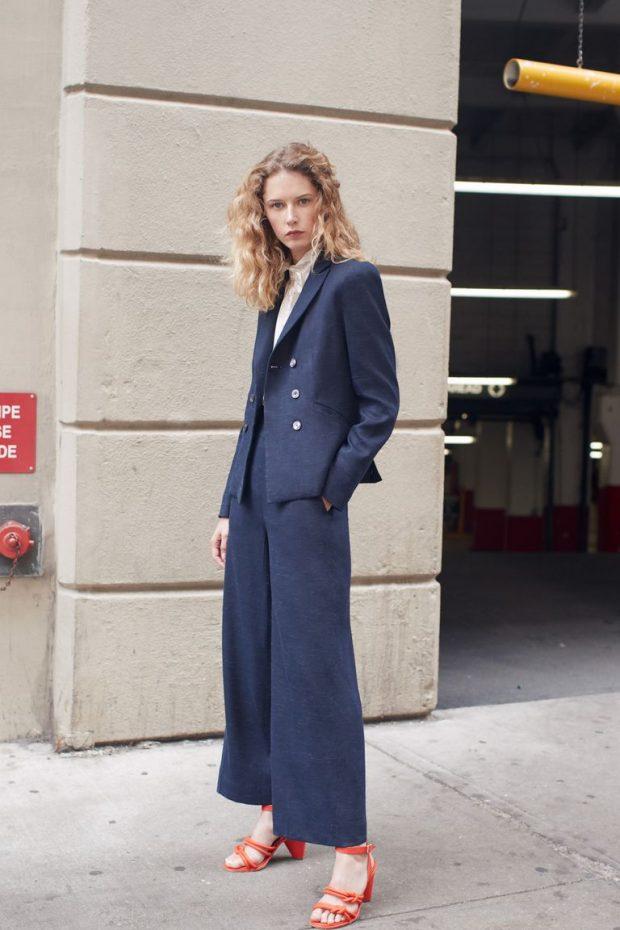 U GJET ZGJIDHJA! Ky koleksion i stilistes së njohur ju vjen në ndihmë me veshjet e zyrës (FOTO)