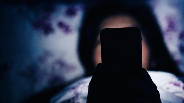 KUJDES! Ky veprim me celularin tuaj mund t'ju verbojë