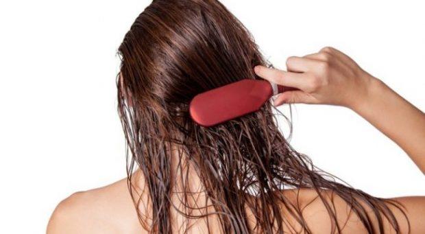 MOS I BËNI MË/ Ja gabimet e përditshme që po ua dëmtojnë flokët