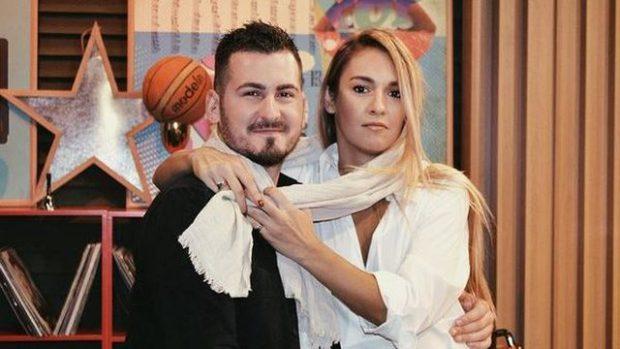 """""""JEMI BASHKË,DUHEMI""""/ Isli Islami pranon publikisht lidhjen me moderatoren shqiptare"""