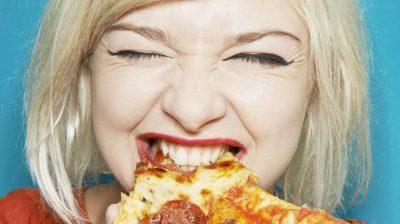 STUDIMI/ Sa më shpejt të hani aq më shumë probleme i shkaktoni vetes
