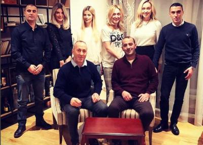 19 NIPËR E MBESA/ Ju prezantojmë me super familjen Haradinaj (FOTO)