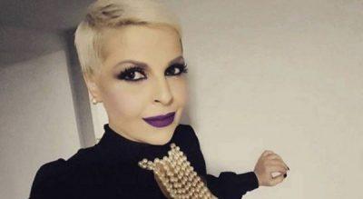 """NUK KA VEND PËR JUSTIFIKIME/ Aurela Gaçe tregon se mund të bëni """"palestër"""" kudo"""
