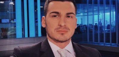 """""""KUR SHKOJ NË SHTËPINË E SAJ, VESH PIZHAMET E ISH TË DASHURIT""""/ Habit moderatori shqiptar"""