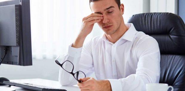 DUHET T'I DINI/ Tetë këshilla për ata që punojnë para kompjuterit