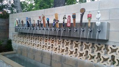 E PABESUESHME APO JO? Sllovenia inauguron çezmën e parë publike të birrës në rrugë