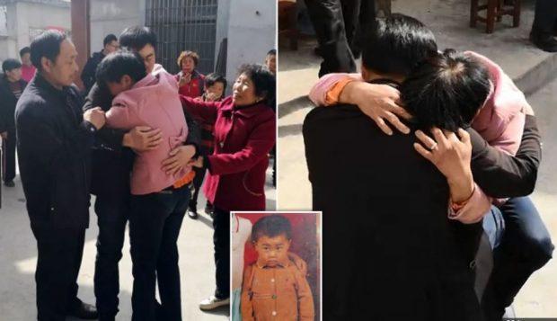 EMOCIONUESE/ Bashkohet me familjen 21 vite pasi u rrëmbye nga një trafikant njerëzish
