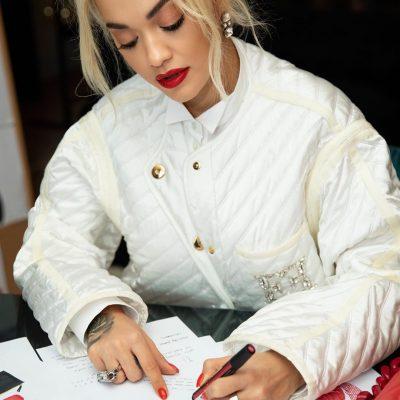 MIRUPAFSHIM! Rita Ora largohet nga Kosova dhe zbulon destinacionin e radhës (FOTO)