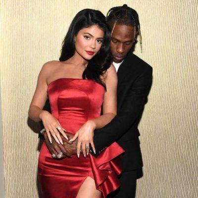 """TRAVIS SCOTT FESTON DITËLINDJEN/ Kylie Jenner i organizon surprizën """"e çmendur"""" (FOTO)"""