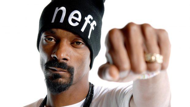 SË SHPEJTI DEL HITI I VERËS/ Reperi Snoop Dogg bashkëpunon me këngëtaren shqiptare (VIDEO)