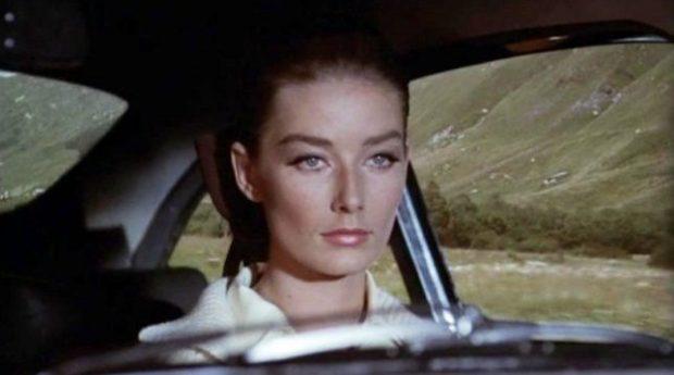 BOTA E ARTIT NË ZI/ Ndërron jetë Tania Mallet, ish-aktorja e filmave të James Bondit