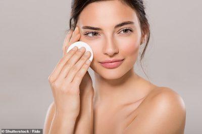 METODA E RE/ Ekspertja rekomandon femrat ta aplikojnë spermën në fytyrë