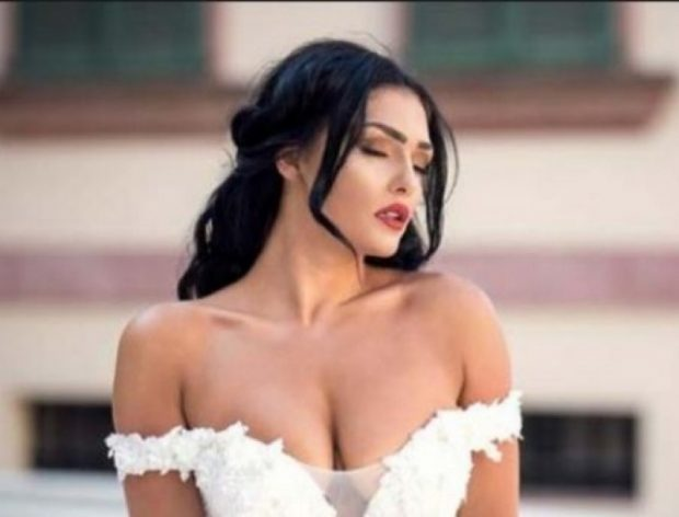 """HOROSKOPI DHE VIPAT/ Eliona Pitarka, """"Shigjetari"""" seksi që i bën meshkujt të çmenden! (FOTO)"""